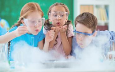 COVID-19 y ventilación en colegios
